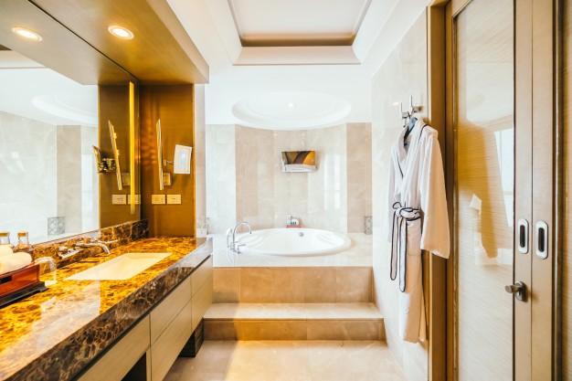 granitfliser i badeværelset